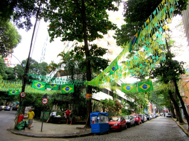 Street decorations in Santa Teresa