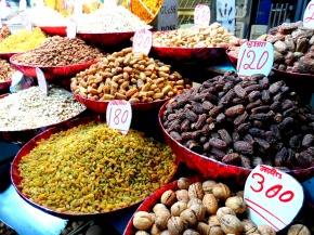 The spice market in Old Delhi