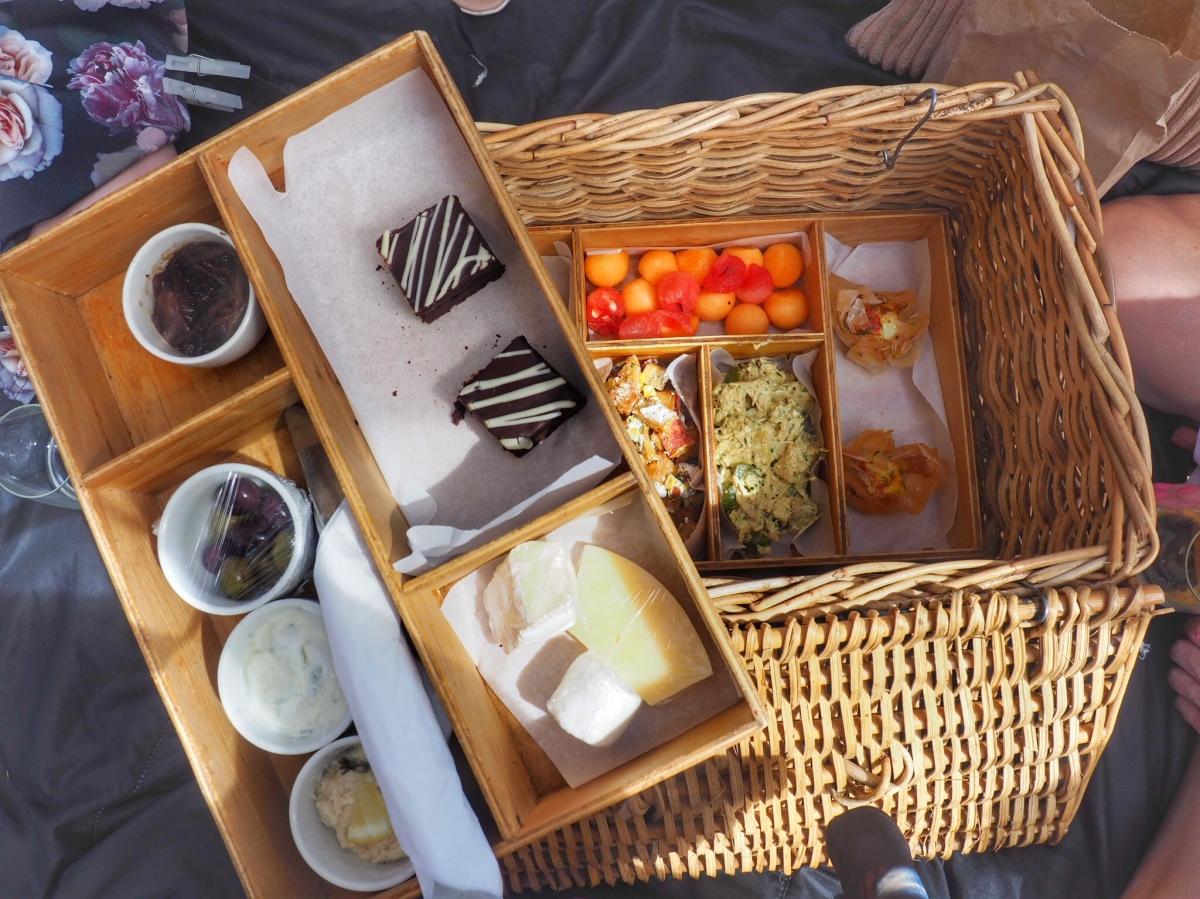 Cape Winelands picnic